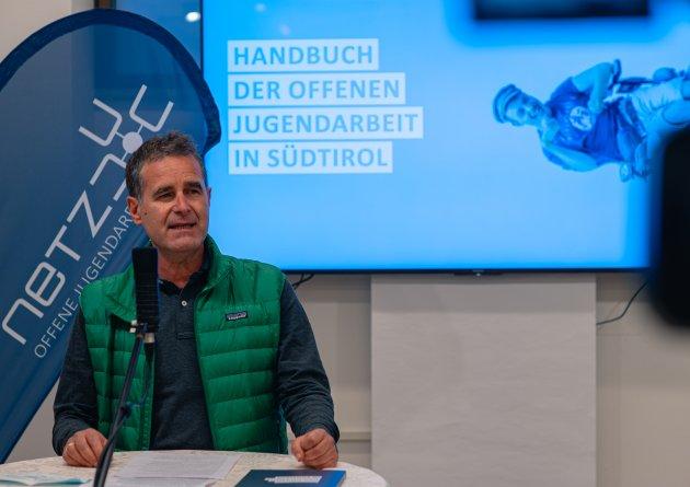 pressekonferenz_oja-handbuch_2020-10.jpg